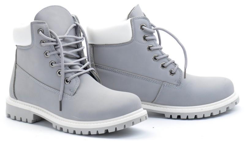 Modnie, tanio i wygodnie - buty dla kobiety na każdą okazję